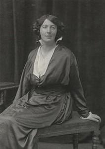 220px-Berta_Ruck_by_Walter_Stoneman_(1916)